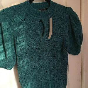 New York & Company green sweater size M/L